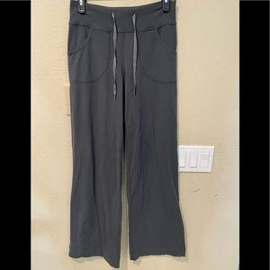 Lululemon grey pants wide leg size 4